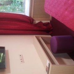 Гостиница Smart Roomz 3* Стандартный номер с двуспальной кроватью фото 12
