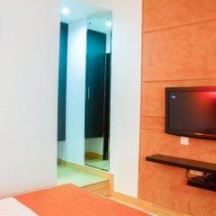 Отель The Corus Hotel Индия, Нью-Дели - отзывы, цены и фото номеров - забронировать отель The Corus Hotel онлайн удобства в номере фото 2