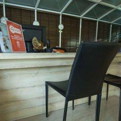 Отель The Aim Sathorn Hotel Таиланд, Бангкок - отзывы, цены и фото номеров - забронировать отель The Aim Sathorn Hotel онлайн интерьер отеля фото 3
