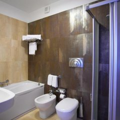 Отель Catania Hills Residence Италия, Сан-Грегорио-ди-Катанья - отзывы, цены и фото номеров - забронировать отель Catania Hills Residence онлайн ванная