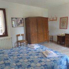 Отель La Maggiolina Бавено комната для гостей фото 2