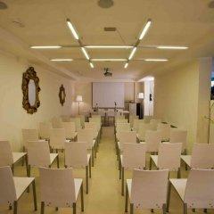 Отель Ferretti Beach Resort Римини помещение для мероприятий