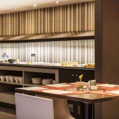Hotel ILUNION Almirante фото 21