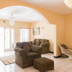 Отель Gibbs Chateau Ямайка, Монтего-Бей - отзывы, цены и фото номеров - забронировать отель Gibbs Chateau онлайн комната для гостей