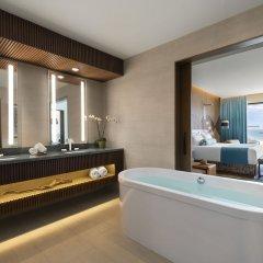 Отель Hard Rock Hotel Los Cabos - All inclusive Мексика, Кабо-Сан-Лукас - отзывы, цены и фото номеров - забронировать отель Hard Rock Hotel Los Cabos - All inclusive онлайн ванная фото 2