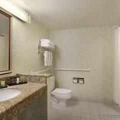 Отель Embassy Suites Washington D.C. - Convention Center США, Вашингтон - отзывы, цены и фото номеров - забронировать отель Embassy Suites Washington D.C. - Convention Center онлайн ванная