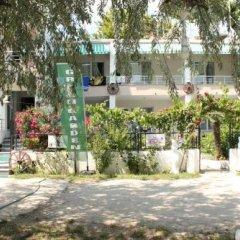 Kumbag Green Garden Pansiyon Турция, Текирдаг - отзывы, цены и фото номеров - забронировать отель Kumbag Green Garden Pansiyon онлайн парковка