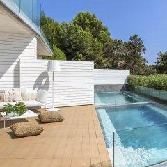 Отель ME Ibiza - The Leading Hotels of the World бассейн фото 3