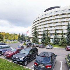 Гостиница Holiday Inn Moscow Seligerskaya парковка