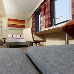 Отель Holiday Inn Express Toulouse Airport Франция, Бланьяк - отзывы, цены и фото номеров - забронировать отель Holiday Inn Express Toulouse Airport онлайн комната для гостей