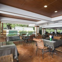 Отель Royal Ivory Sukhumvit Nana by Compass Hospitality питание