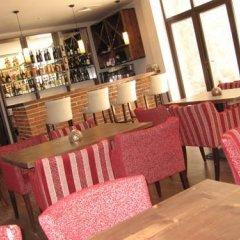 Отель Chamkoria Chalets Боровец гостиничный бар