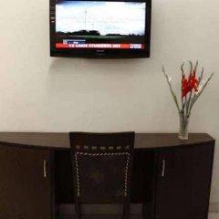 Отель Apra International Индия, Нью-Дели - отзывы, цены и фото номеров - забронировать отель Apra International онлайн удобства в номере фото 2