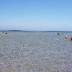 Отель Bella Rose Aqua Park Beach Resort пляж фото 2