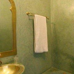 Отель Riad Villa Harmonie Марокко, Марракеш - отзывы, цены и фото номеров - забронировать отель Riad Villa Harmonie онлайн ванная фото 2