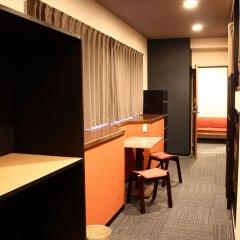 Отель Khaosan Fukuoka Annex Хаката удобства в номере фото 2