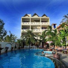 Отель Hai Yen Resort бассейн