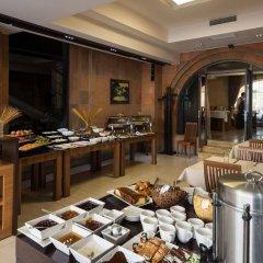 Отель Bass Boutique Hotel Армения, Ереван - 1 отзыв об отеле, цены и фото номеров - забронировать отель Bass Boutique Hotel онлайн питание фото 3