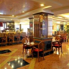 Santa Barbara Hotel Сан-Донато-Миланезе гостиничный бар