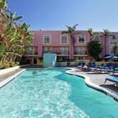 Ramada Plaza Hotel & Suites - West Hollywood бассейн фото 2