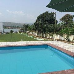 Отель Volta Escape Resort бассейн