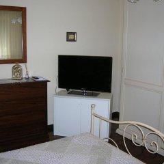 Отель Bed & Breakfast Gili Италия, Кастельфидардо - отзывы, цены и фото номеров - забронировать отель Bed & Breakfast Gili онлайн удобства в номере