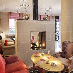 Отель Hôtel de Banville Франция, Париж - отзывы, цены и фото номеров - забронировать отель Hôtel de Banville онлайн интерьер отеля фото 3