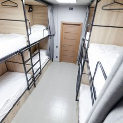 Гостиница Хостел Sleep Box Hostel в Барнауле 1 отзыв об отеле, цены и фото номеров - забронировать гостиницу Хостел Sleep Box Hostel онлайн Барнаул комната для гостей фото 4