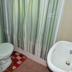 Отель Little Shaw Park Guest House ванная фото 2
