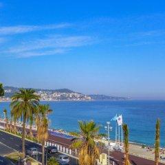 Отель Villa M.Thérèse Promenade Anglais Франция, Ницца - отзывы, цены и фото номеров - забронировать отель Villa M.Thérèse Promenade Anglais онлайн пляж