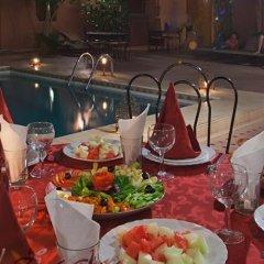 Отель Zaghro Марокко, Уарзазат - отзывы, цены и фото номеров - забронировать отель Zaghro онлайн питание фото 3