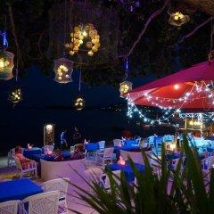 Отель Tango Beach Resort развлечения