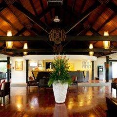 Отель The Naviti Resort Фиджи, Вити-Леву - отзывы, цены и фото номеров - забронировать отель The Naviti Resort онлайн интерьер отеля