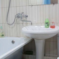 Гостиница Economy on Baykalskaya 234B-4-16 в Иркутске отзывы, цены и фото номеров - забронировать гостиницу Economy on Baykalskaya 234B-4-16 онлайн Иркутск ванная