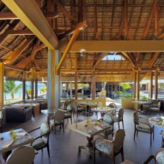 Отель Beachcomber Trou aux Biches Resort & Spa питание