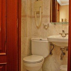 Отель Hostal Victoria III ванная фото 2
