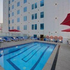 Отель Omega Hotel ОАЭ, Дубай - отзывы, цены и фото номеров - забронировать отель Omega Hotel онлайн бассейн фото 2