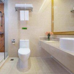 Отель Vienna International Hotel Zhongshan Torch Zone Китай, Чжуншань - отзывы, цены и фото номеров - забронировать отель Vienna International Hotel Zhongshan Torch Zone онлайн ванная