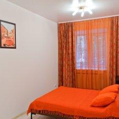 Апартаменты Apartment ALLiS-HALL on Malysheva 73a комната для гостей фото 4