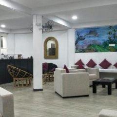 Отель Luthmin River View Hotel Шри-Ланка, Бентота - отзывы, цены и фото номеров - забронировать отель Luthmin River View Hotel онлайн интерьер отеля