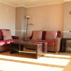 Отель Canary Wharf 2 Bedroom Flat развлечения