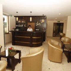 Отель Relax Holiday Complex & Spa Болгария, Свети Влас - отзывы, цены и фото номеров - забронировать отель Relax Holiday Complex & Spa онлайн гостиничный бар