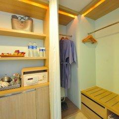 Отель Ramada by Wyndham Phuket Southsea сейф в номере