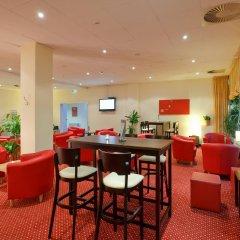 AZIMUT Hotel City South Berlin гостиничный бар