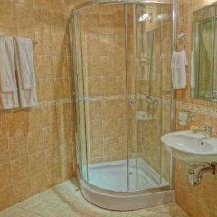 Отель Grand Royale Apartment Complex & Spa Болгария, Банско - отзывы, цены и фото номеров - забронировать отель Grand Royale Apartment Complex & Spa онлайн ванная фото 2