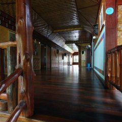 Отель Shanti Lodge Phuket интерьер отеля