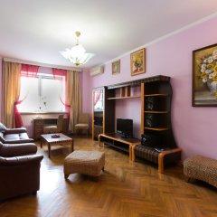 Гостиница Gilyarovskogo 4 Apartments Lux в Москве отзывы, цены и фото номеров - забронировать гостиницу Gilyarovskogo 4 Apartments Lux онлайн Москва комната для гостей фото 2