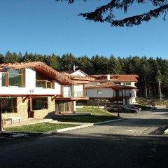 Отель Villas & SPA at Pamporovo Village парковка
