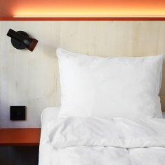 Отель Comfort Xpress Youngstorget Осло сейф в номере