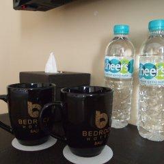 Bedrock Hotel Kuta Bali удобства в номере